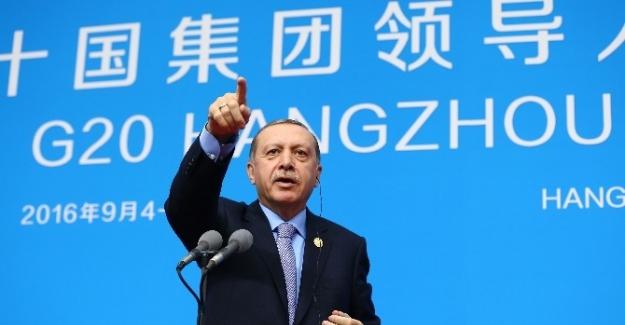 """Erdoğan: """"15 Temmuz'da Türkiye'nin başına gelen felaketin yarın hangi ülkede tekrar edeceği bilinemez"""""""