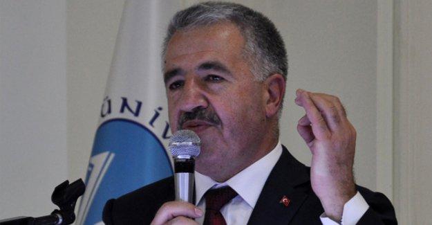 Bakan Arslan'dan internette Türk arama motoru müjdesi