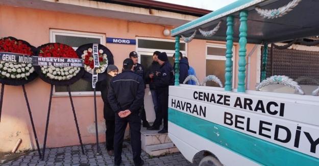 Şehit polis Öner'in cenazesi Havran'a getirildi