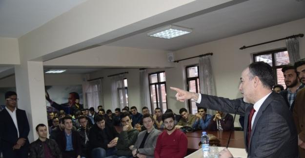 Kırıkkale AK Parti İl Başkanı Akçay gençlerle buluştu