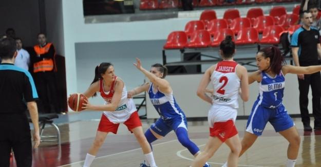 Bellona AGÜ, Euro Cup Women çeyrek final rövanş maçında Blma'yı 73-68 yenerek yarı finale çıktı.