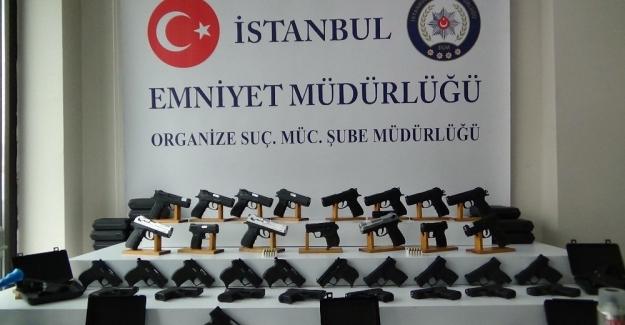 İstanbul'da silah ticareti yapan şebeke çökertildi