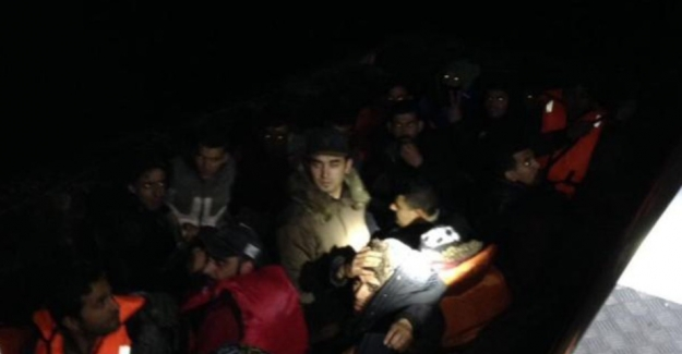 Göçmenlerin hali yürekler acısı; Kuşadası Körfezi'nde kaçak göçmen operasyonu