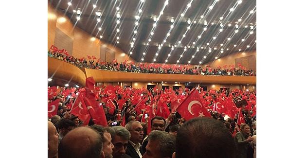 """Meral Akşener Mersin'den seslendi; """"Onlar Bolu beyi ise, biz de Köroğlu'yuz"""""""