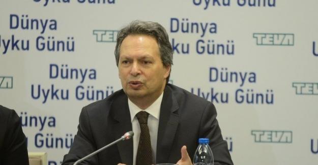 """Prof. Dr. Derya Karadeniz: """"Gündüz uykululuk hali normal bir durum değildir ve başka birçok hastalığa da bağlı olabilir"""""""