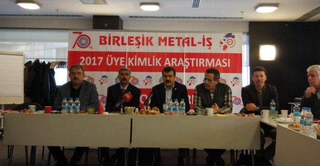 """Serdaroğlu; """"İşçilerimizin % 62'sinin referandumda 'HAYIR' diyecekleri tespit edildi.."""""""