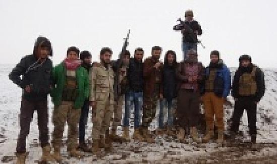 Suriyeli muhalif gruplar ve aileleri, Halep'in kuzeyine çekiliyor