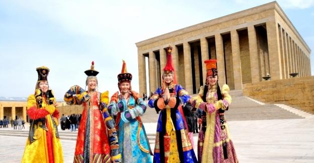 Türk dünyası, Nevruz kutlamalarında Türkistan'da bir araya geldi