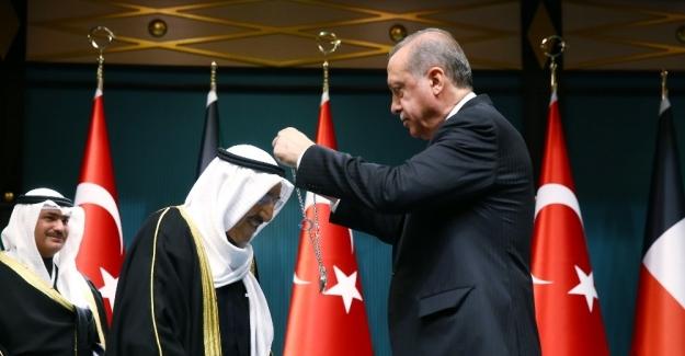 Türkiye-Kuveyt ilişkilerine Devlet Nişanı ve Mübarek El Kabir dopingi