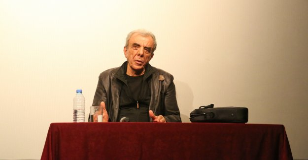 Yönetmen Özgentürk Nilüfer'de sinema tutkunlarıyla buluştu