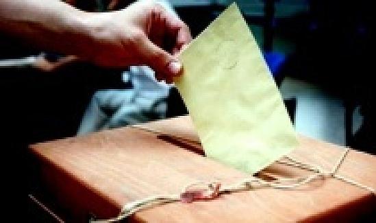Yurt dışına kayıtlı seçmenler oy kullanmaya başladı