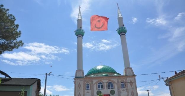 Süpürtü Cami ibadete açıldı