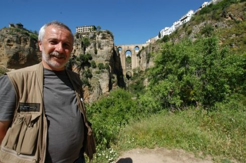 Gazeteci ve TV Proğram Yapımcısı TUĞRUL SARITAŞ, BURSA ARENA Ailesine katıldı.