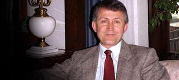 Ahmet Taner Kışlalı  törenlerle anıldı