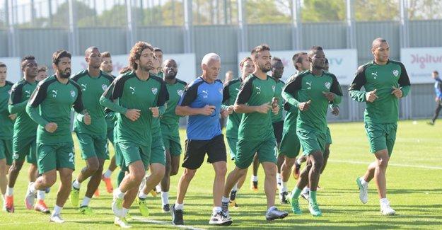 Bursaspor Osmanlıspor'u karşılamaya hazırlanıyor
