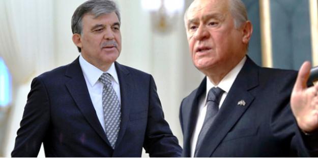 Bahçeli Eski Cumhurbaşkanı Gül'ün Yeni KHK'yı Eleştirmesine Tepki Gösterdi