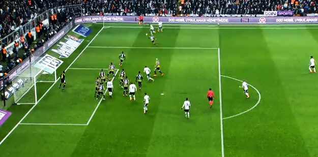 Fenerbahçe yine Beşiktaş'a karşı duramadı:  BJK 3 - 1 FB