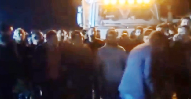Bursa'lı Mağdur Vatandaşlar İnegöl'de Çiftlikbank tesisini bastılar
