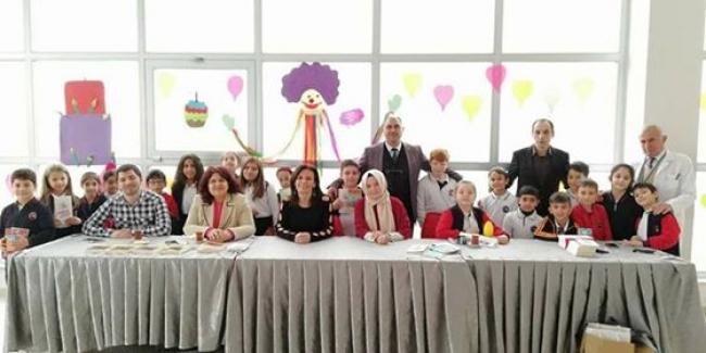 İnegöl Özel Devrim Kosova ilköğretim Okulu Şair ve Yazarlarla buluştu !