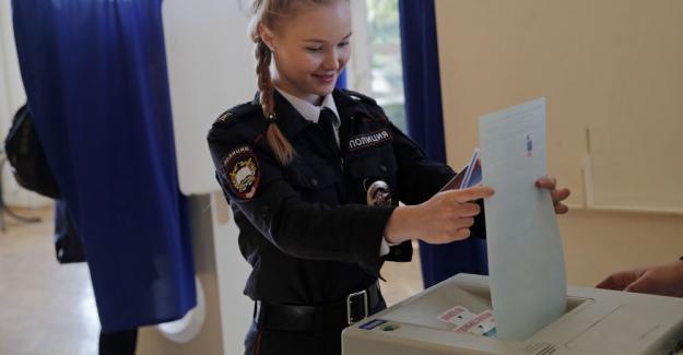 Rusya devlet başkanını seçti: Putin'in oyları yüzde 70'in üzerinde