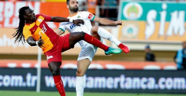 Alanyaspor'u 3 - 2 mağlup eden Galatasaray yeniden lider !