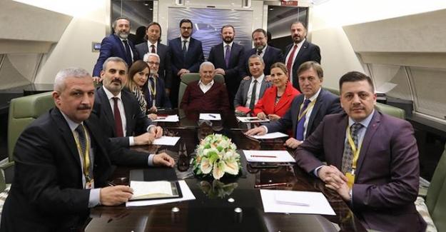 Başbakan Yıldırım'dan Abdullah Gül'ün çatı adaylığı yorumu: 'Patladı, elde kaldı'