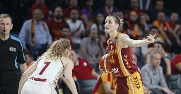 Galatasaray yine tarih yazıyor
