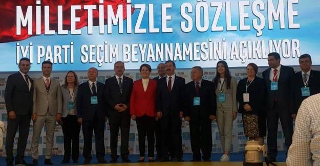 """Meral Akşener """"Seçim Beyannamesi""""ni açıkladı"""