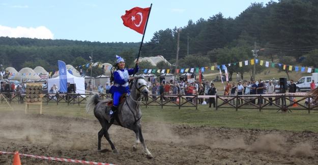 '3. Türk Dünyası Ata Sporları Şenliği' Kocayayla'da