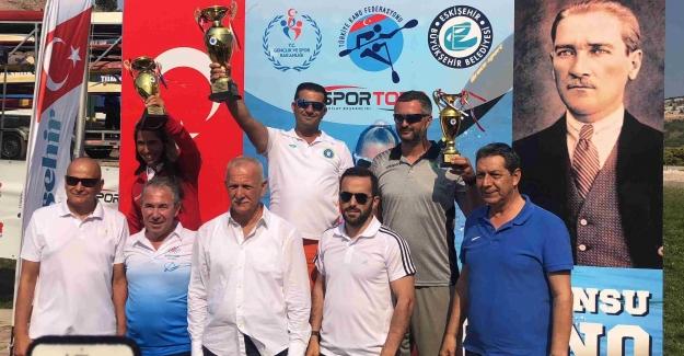 Bursa'lı Kanocular 36 madalya ile Eskişehir'i fethettiler