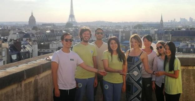 Dünya Değişim Akademisi 76. Merkezini Paris'te Açtı