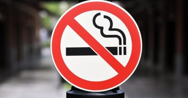 Sigaraya 21 yaş ve 500 metre yasağı geliyor