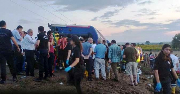Tren kazasında ölenlerin kimlikleri belli oldu