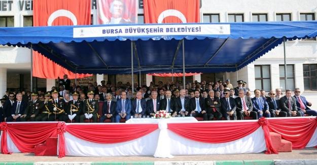 30 Ağustos Zafer Bayramının 96. Yıl Dönümü Bursa'da coşkuyla kutlandı