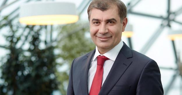 İlk robot bankacı Al Baraka Türk'te işe başladı