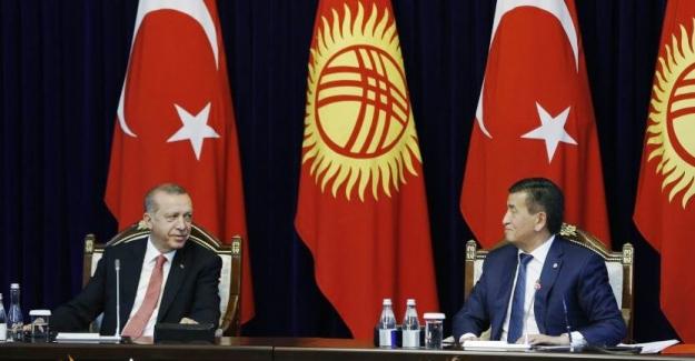 """Cumhurbaşkanı Erdoğan: """"Kırgızistan'daki FETÖ varlığı ile mücadele edilmelidir"""""""