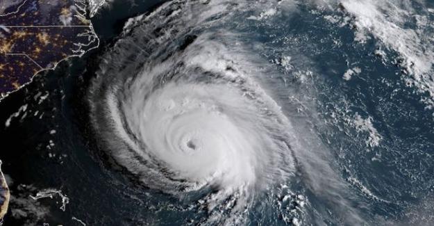 Florence Kasırgası ABD'nin doğu kıyılarına ulaştı: 3 günde 8 aylık yağmur bekleniyor