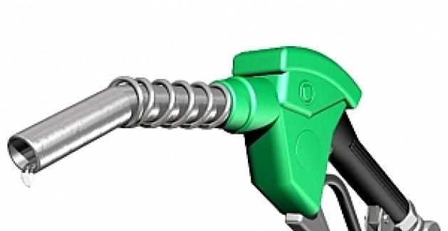 Benzin fiyatlarında 17 kuruşluk indirim yapıldı