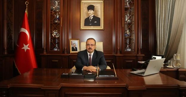 """Bursa Valisi Yakup Canbolat; """"Engelli insanların sorunları sadece kendilerinin değil, tüm insanlığın ortak sorunudur."""""""