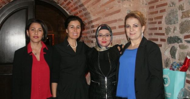 """Uluşehir Bursa Derneği'nin Engelliler yararına """"Farkındalık Şiir ve Ezgi Gecesi"""""""