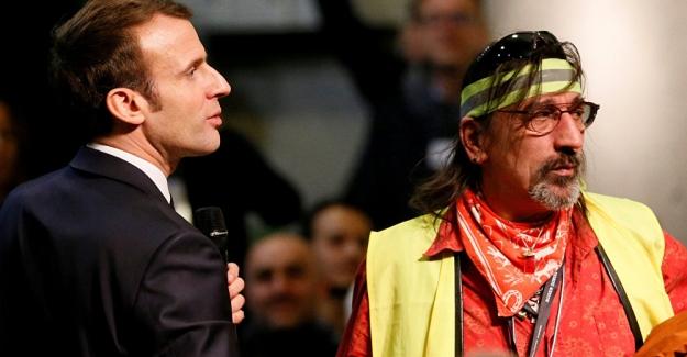 """Macron'dan Sarı Yelekler özrü: """"Fransız halkı hayatından utanıyorsa asıl utanması gereken benim.."""""""