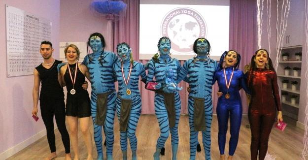 6. Uluslararası Yoga Koreografi Turnuvası'nı Türk Sporcular kazandı!