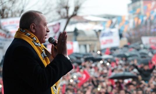 """Cumhurbaşkanı Erdoğan: """"Gönüllerimize sınır çizdirmez, ebedi kardeşliğimize leke sürdürmeyiz"""""""
