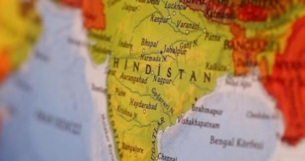 Dünyadan Hindistan ve Pakistan'a itidal çağrıları