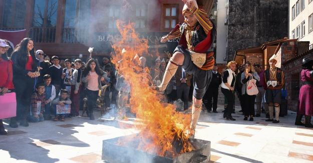 Nevruz Ateşi renkli görüntülere sahne oldu