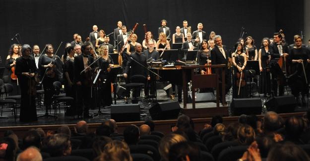 Prof. Dr. Ayhan Kızıl Anısına Konser