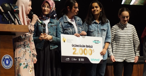BİHMED'in düzenlediği '1. Bursa Liselerarası Kısa Film Yarışması'nda ödüller dağıtıldı