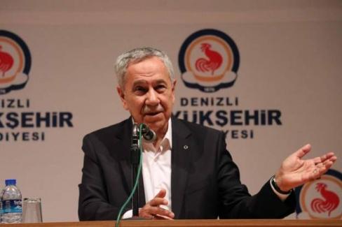 """Bülent Arınç: """"İstanbul ve Ankara'nın kaybedilmesi AK Parti açısından başarı olarak kabul edilemez"""""""