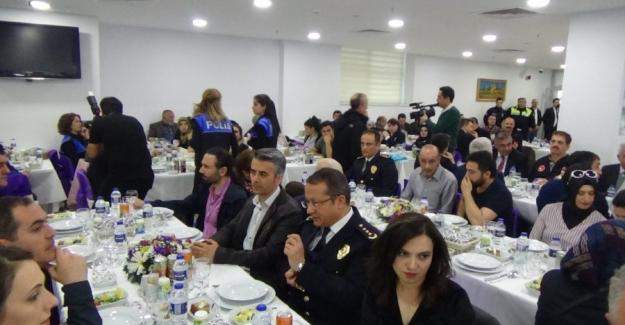 Bursa'da Emniyet müdürünün eşinden şehit ailelerini duygulandıran sürpriz