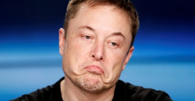 Elektrikli otomobil üreticisi Tesla 702 milyon dolar zarar açıkladı